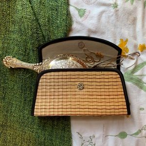 Adorable woven Straw Clutch